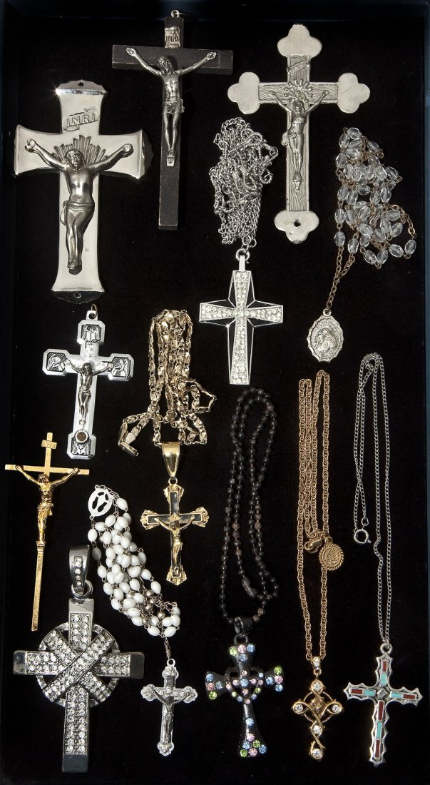 12 Crucifixes and Religious Jewelry