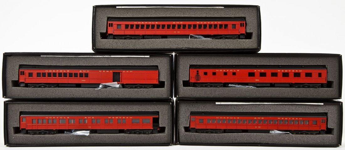 5 Bachmann Spectrum N&W Passenger Cars