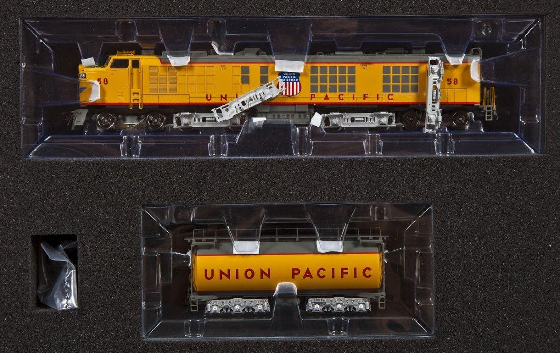Athearn Union Pacific Gas Turbine 58 Loco & Tender
