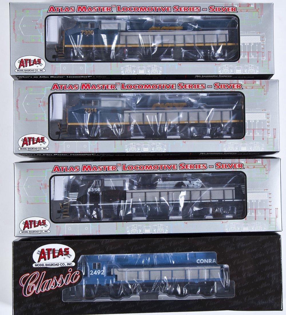 4 Atlas Locomotives