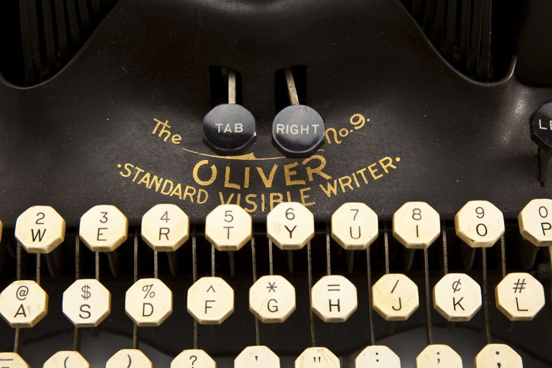 The Printype Oliver Typewriter Co. No. 9 - 8