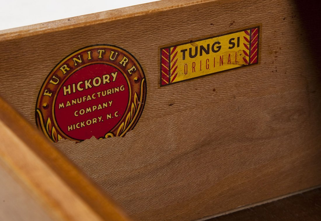 Hickory Tung-Si Mid-Century Dining Set - 8