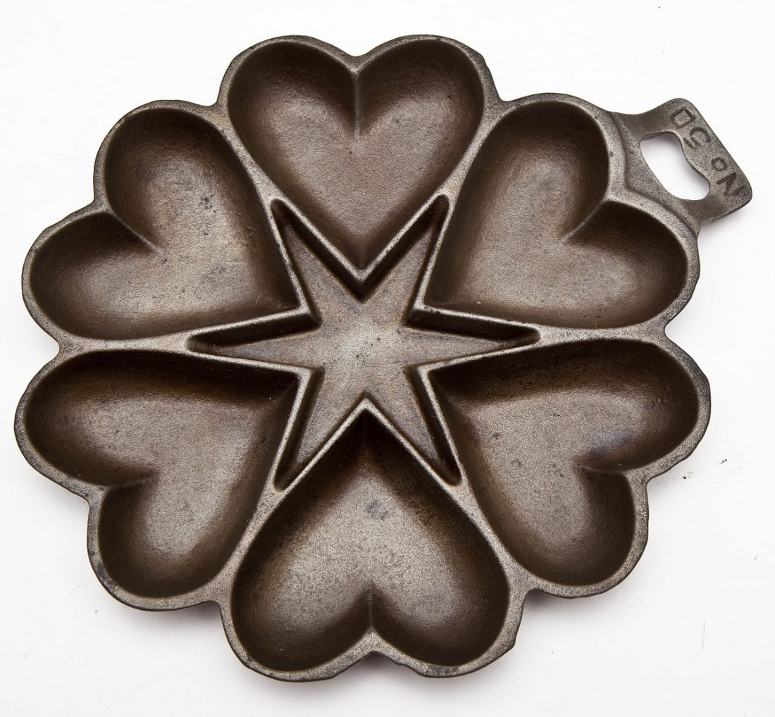 Griswold No. 50 Heart and Star, Iron