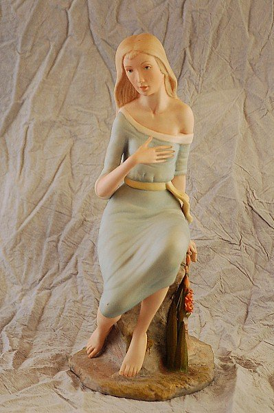 278: Laszlo Ispanky Annabel Lee Figurine 119/500