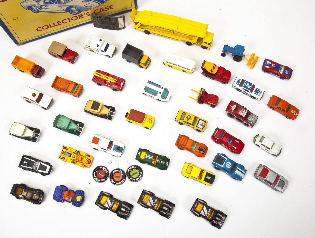 37 Hot Wheels Cars plus Buckle & Matchbox Case - 2