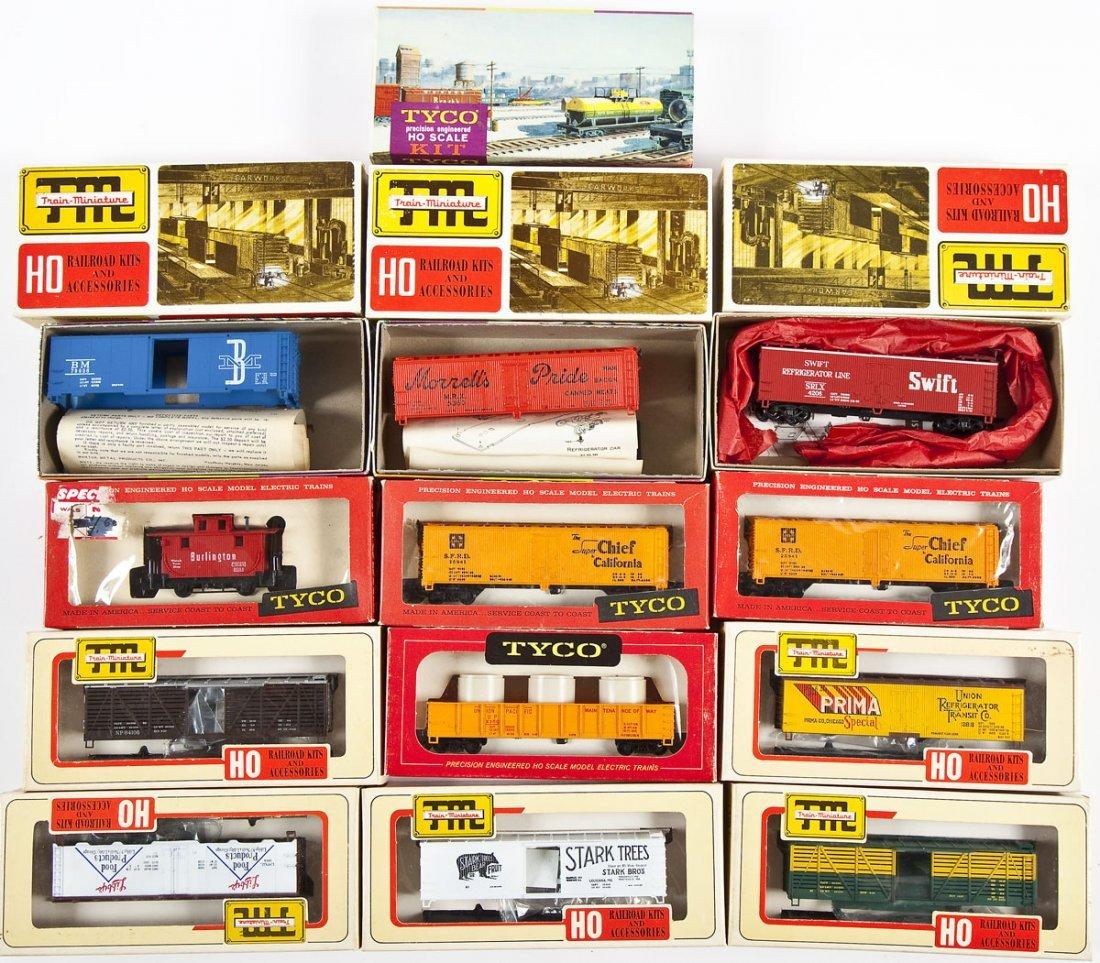 16 Tyco and Train Miniature HO Scale Cars