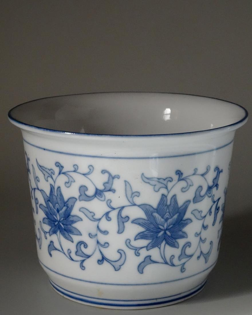 Painted Blue and White Cachepot Planter Oriental Style - 4