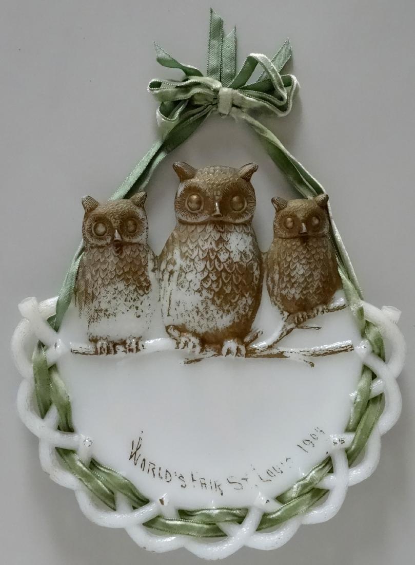 3 Owls 1904 St. Louis World Fair Owl Milk Glass Plaque