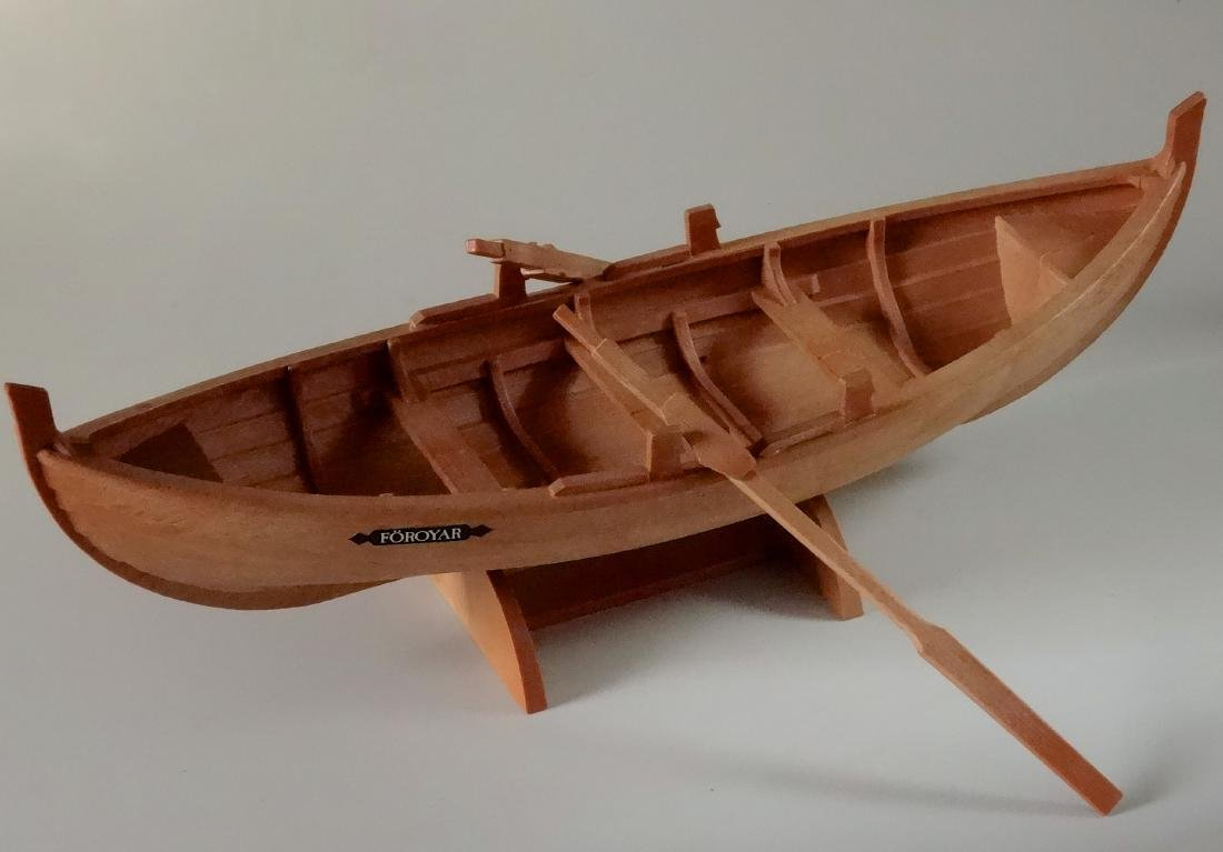 Foroyar 2 Paddle Boat Model
