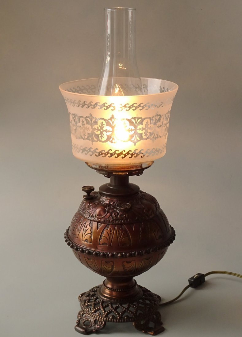 Antique Victorian Brass Kerosene Lamp Etched Glass Shad
