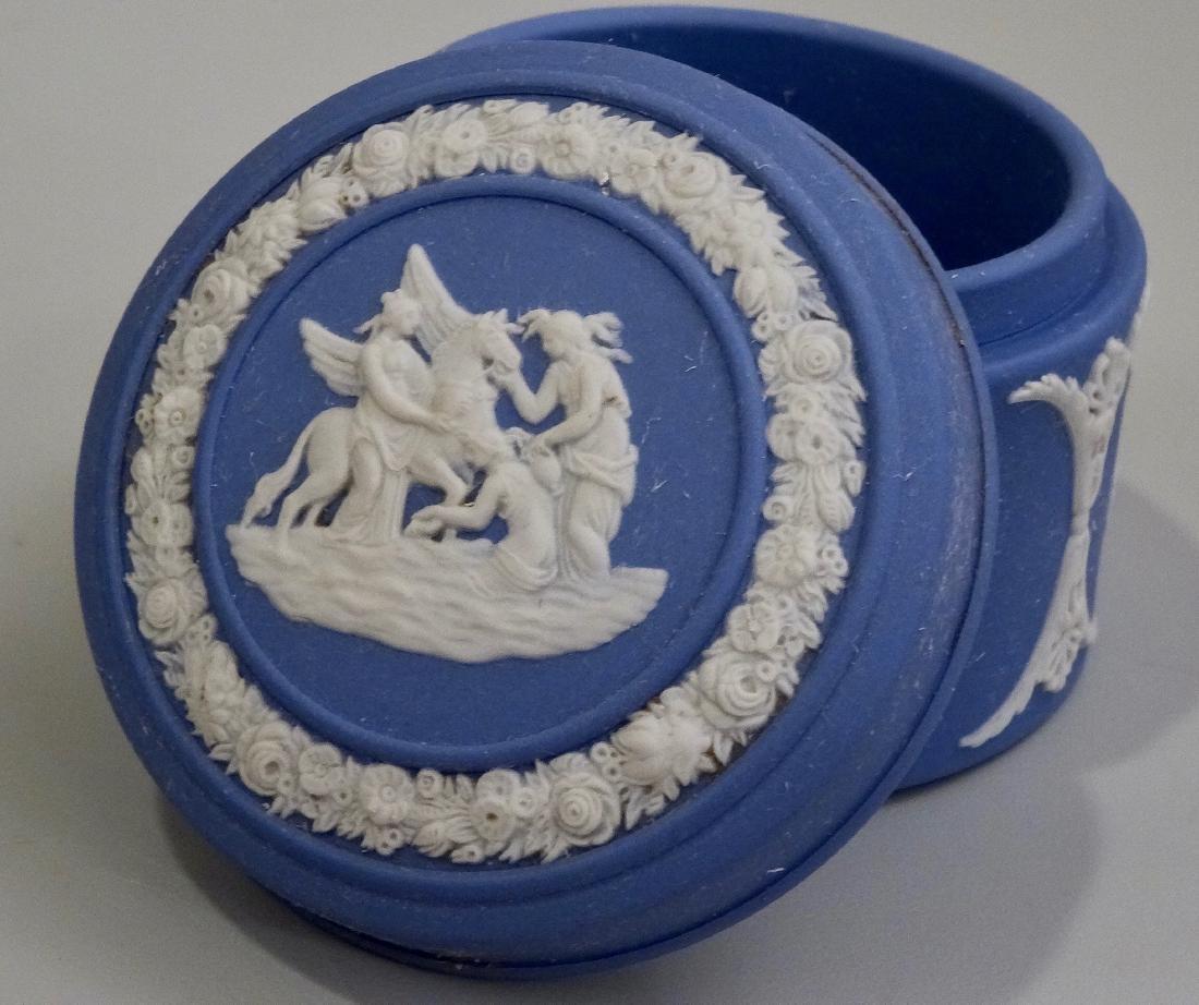 Wedgwood Blue Jasperware Circular Trinket Box - 2
