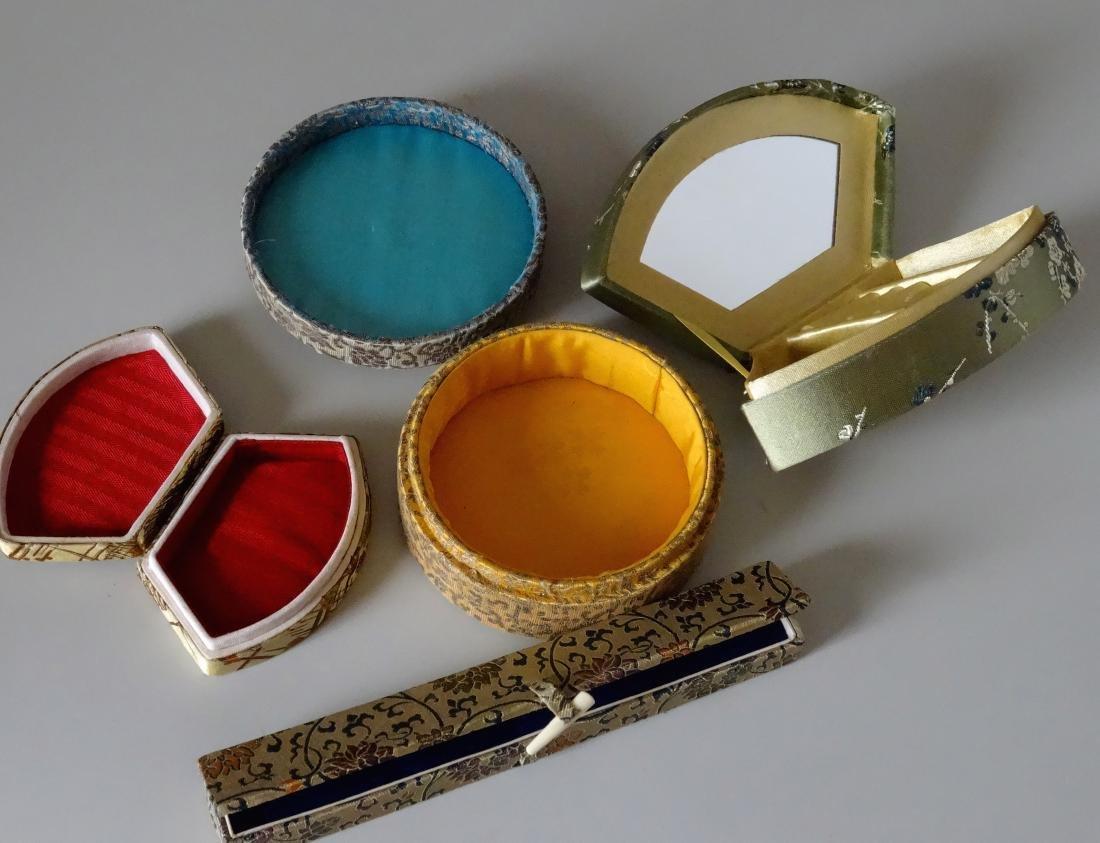 Vintage Chinese Silk Box Trinket Jewelry c 1930-1960 - 2