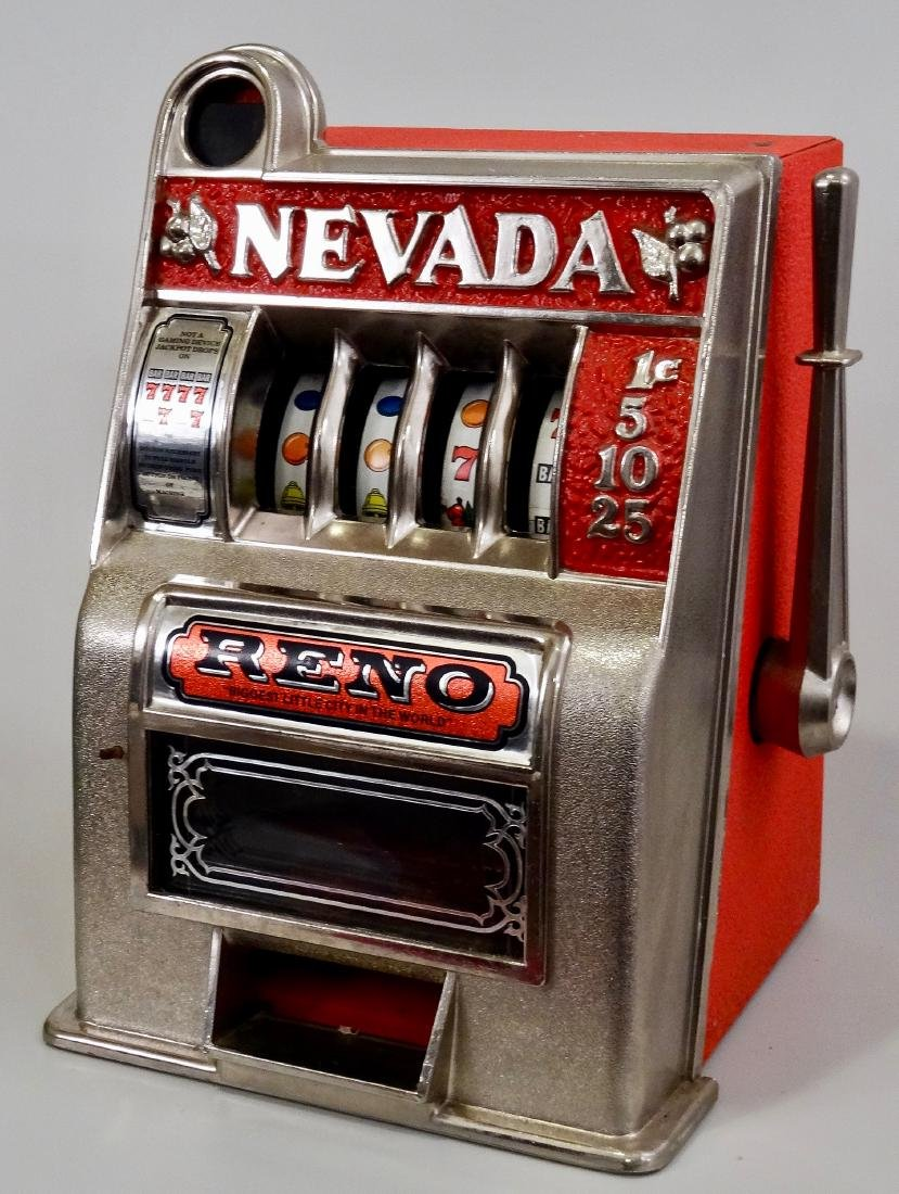 Vintage Slot Machine Reno Nevada One Arm Bandit Coin