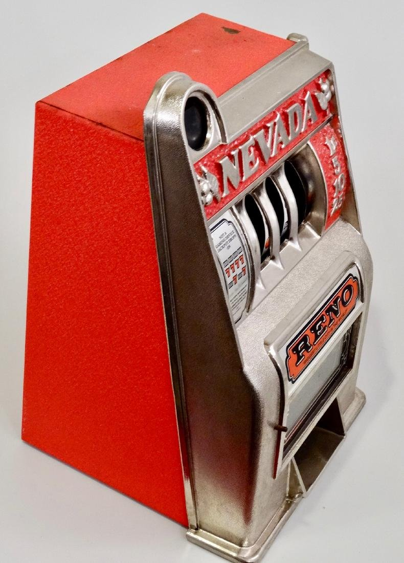 Vintage Slot Machine Reno Nevada One Arm Bandit Coin - 3
