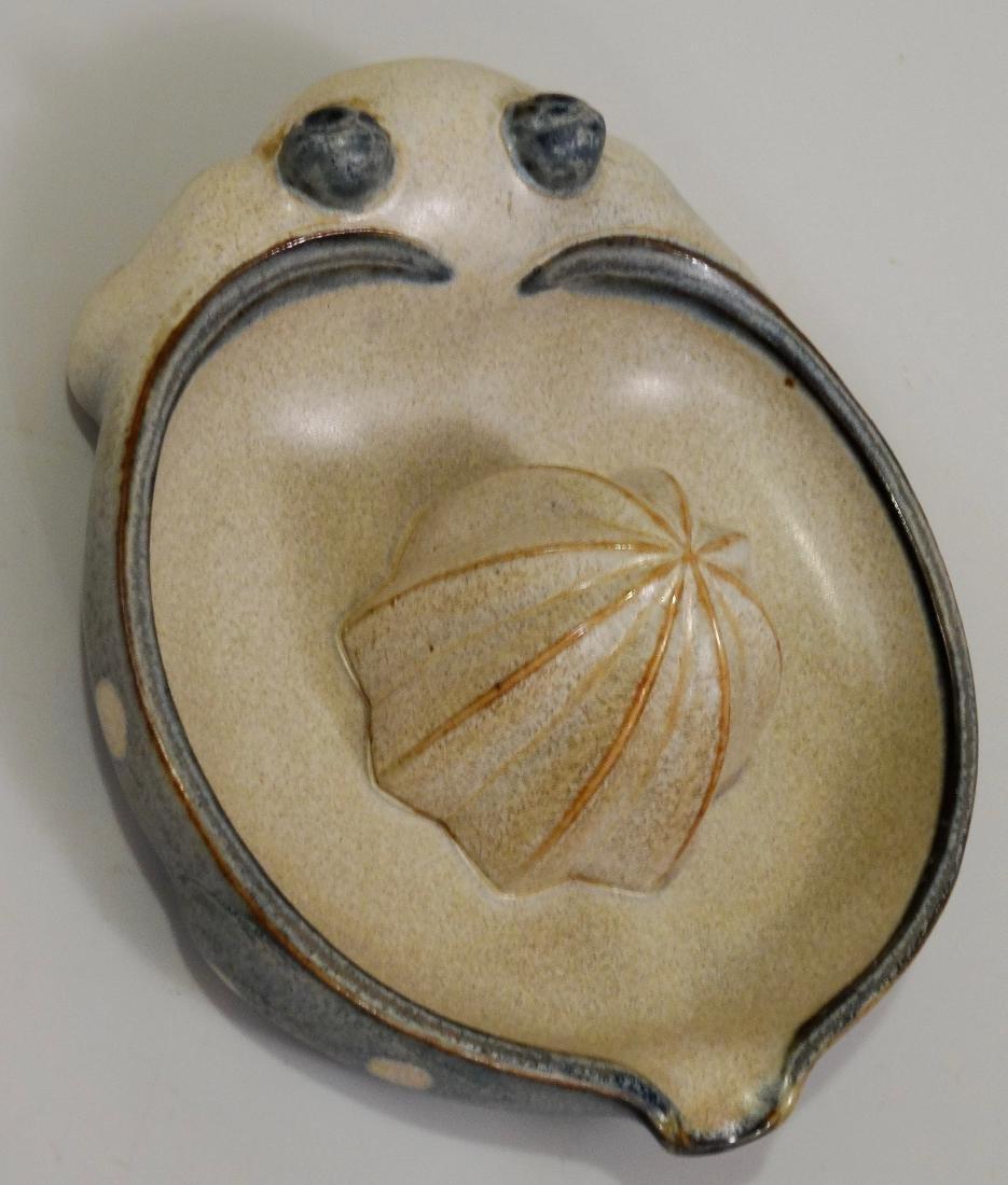 Frog Lemon Juicer Vintage Pottery Reamer UCTCI Japan c - 3