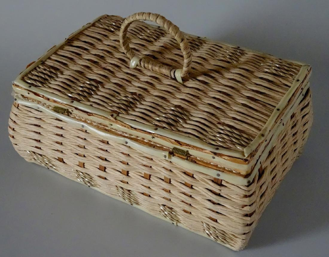 Vintage 40s Basket Sewing Box Made in Japan - 3