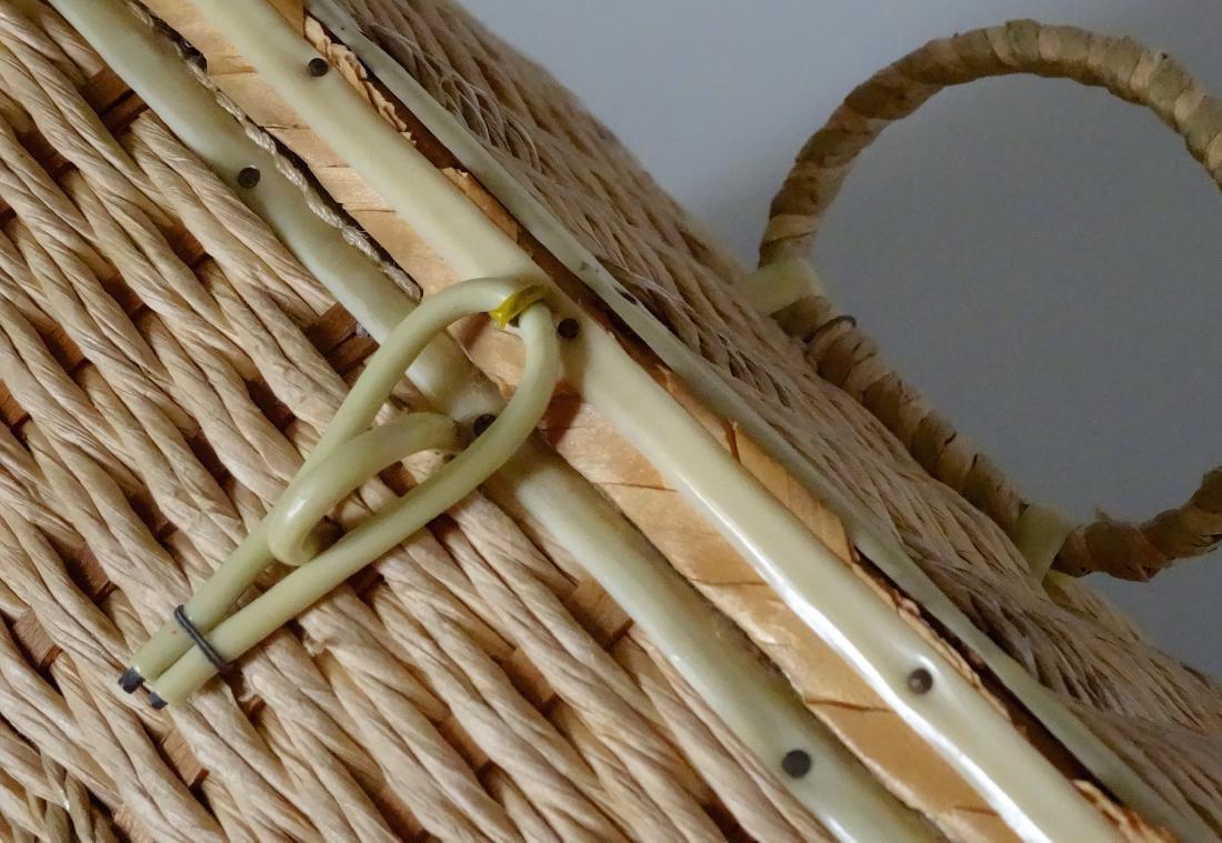 Vintage 40s Basket Sewing Box Made in Japan - 6