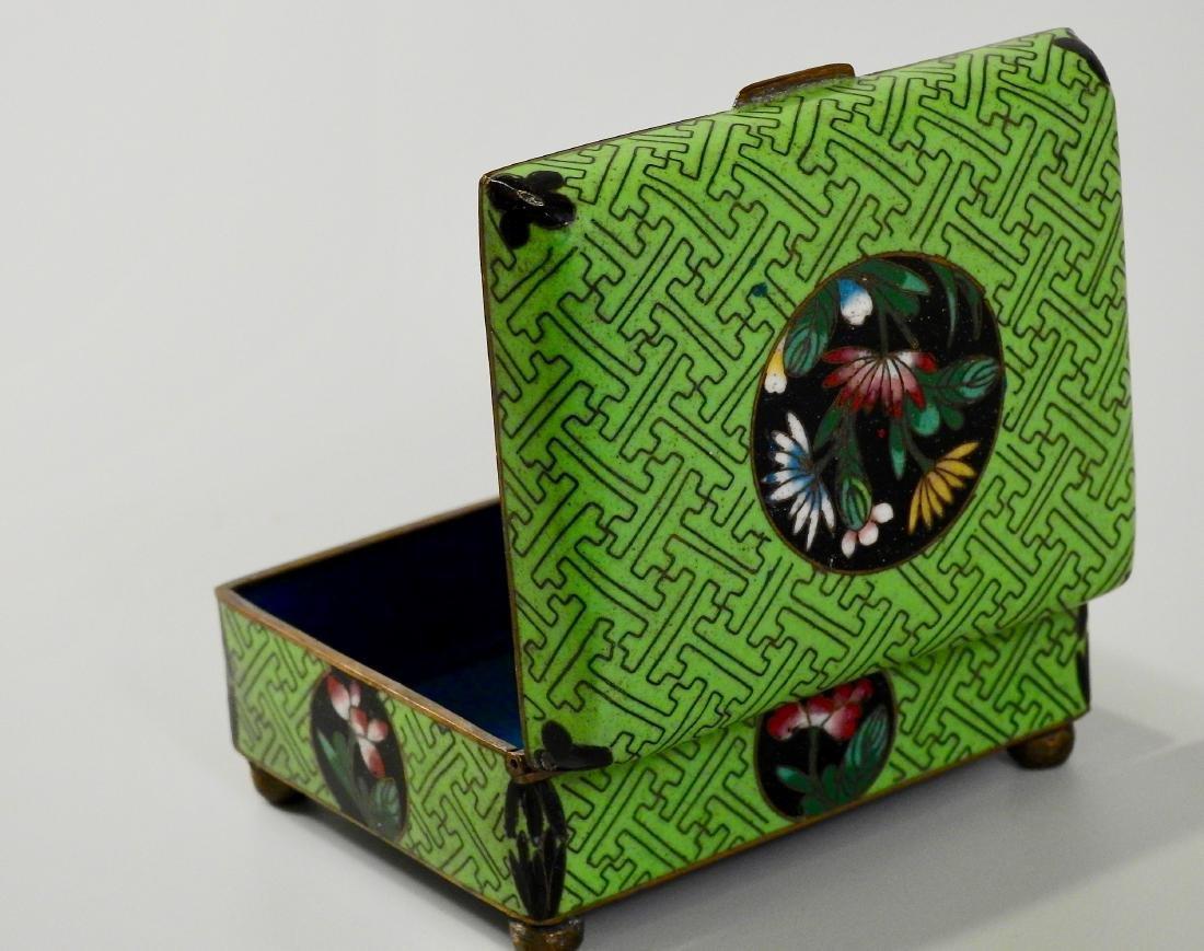 Chinese Green Cloisonne Enamel Hinged Trinket Box - 4