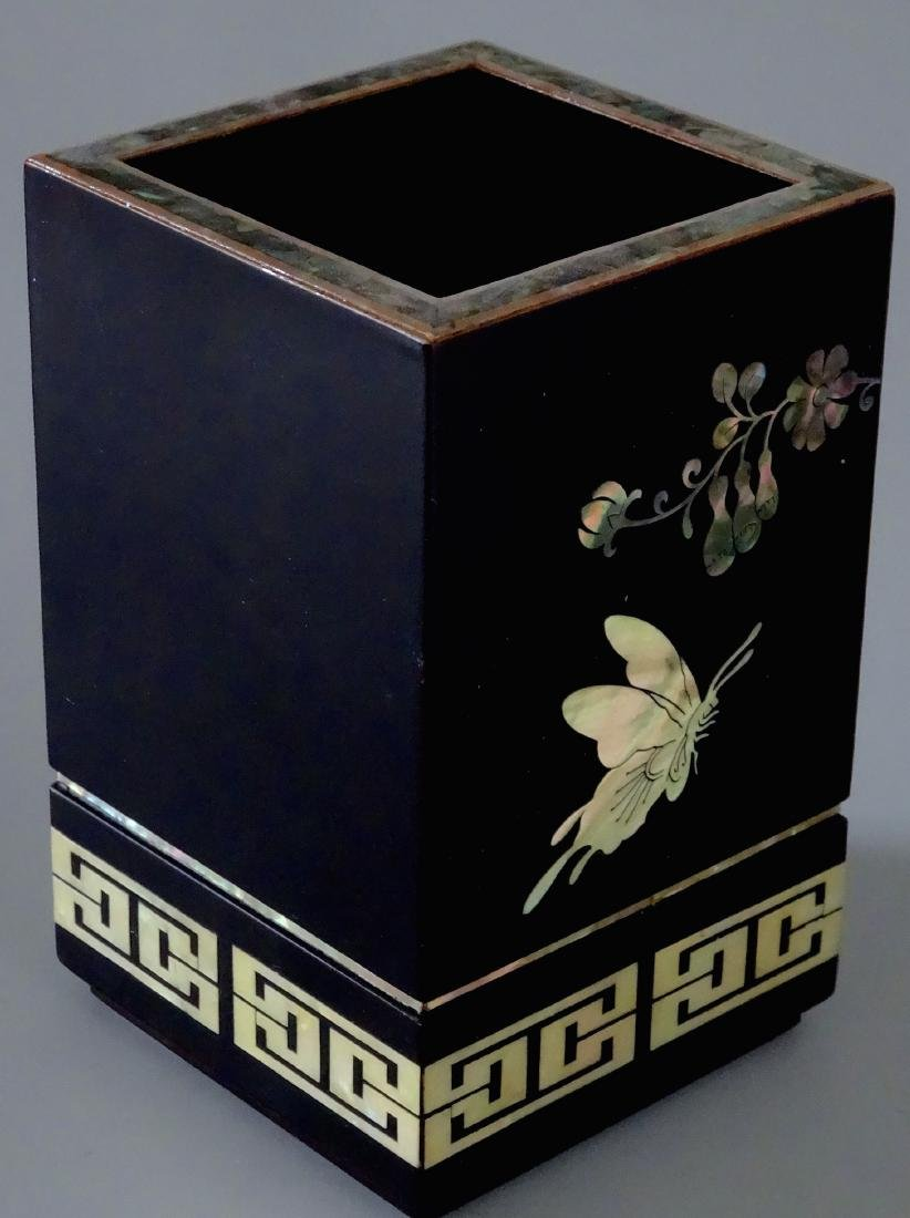 Beautiful Vintage MOP Nacre Inlaid Japanese Vase Mothe - 3