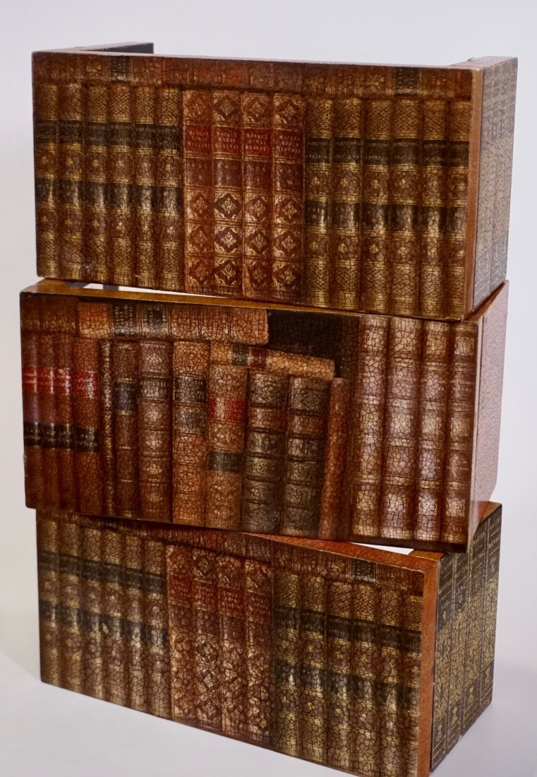Italian Trompe Alley Faux Book Shelf Hide Foldable Tray