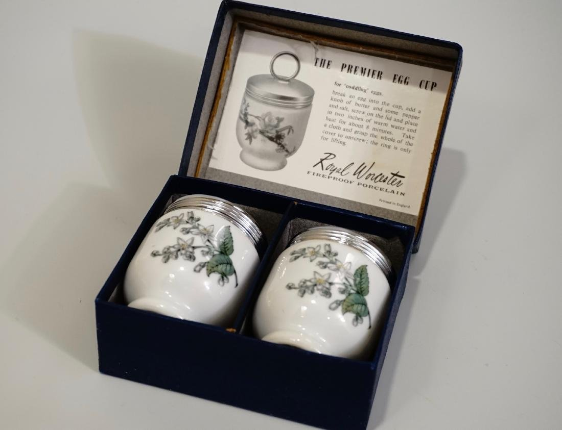 Royal Worcester Egg Codding Cup Set Boxed