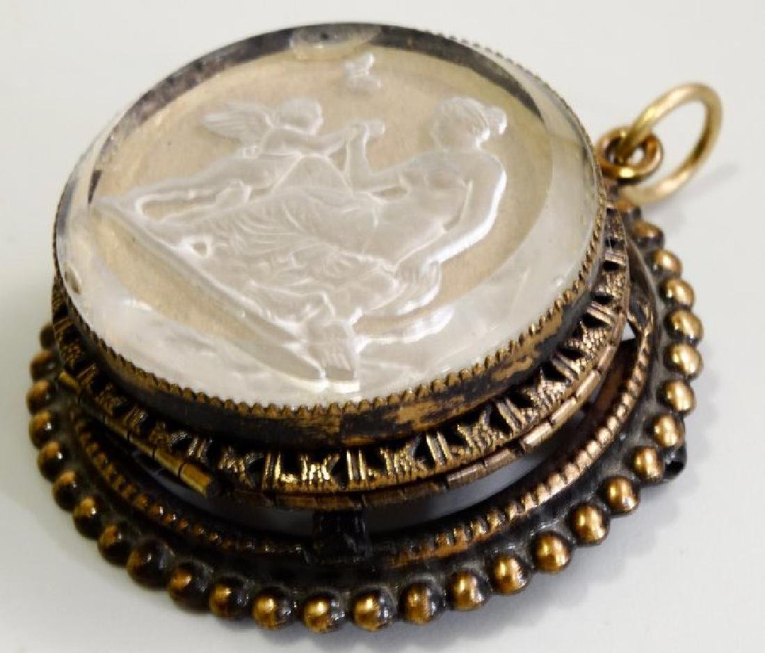 Intaglio Glass Pin Pendant Large Brooch