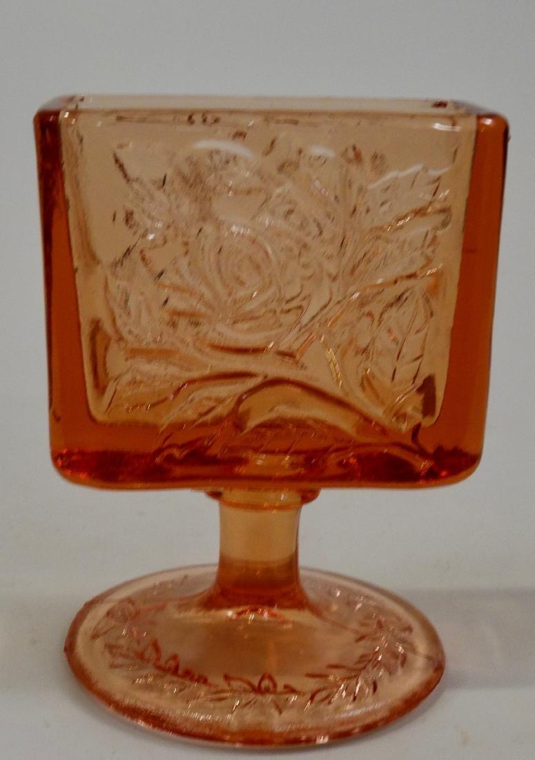 Vintage Art Deco Period Tobacciana Intaglio Glass