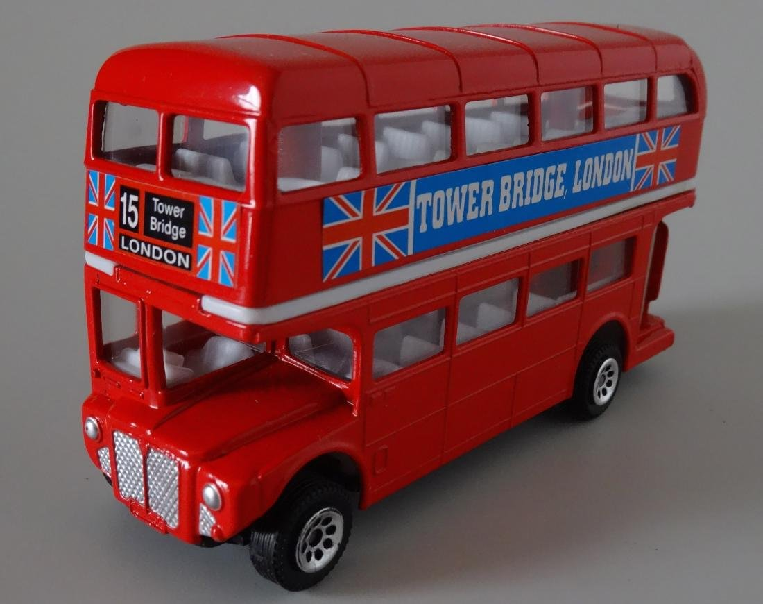 Vintage Great Britain Souvenir Die Cast Toy Red London