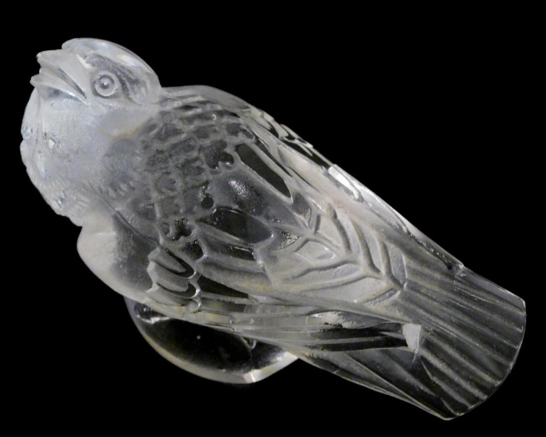 Sparrow Art Glass Bird Paperweight