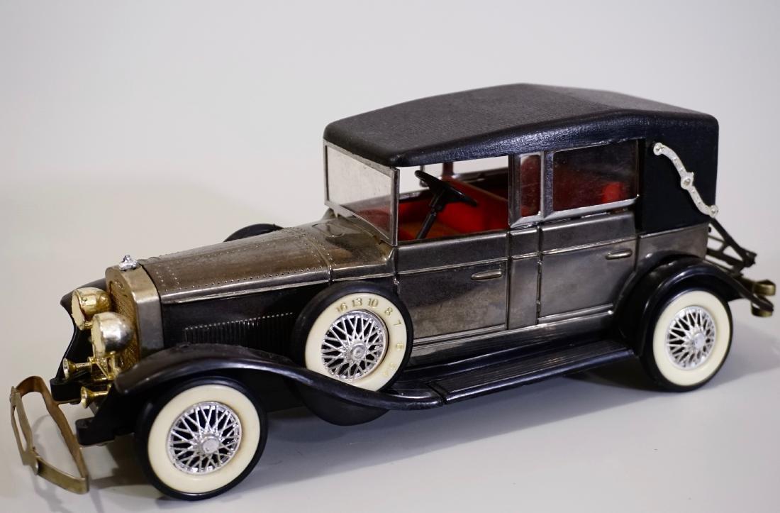 Antique Car Vintage Radio