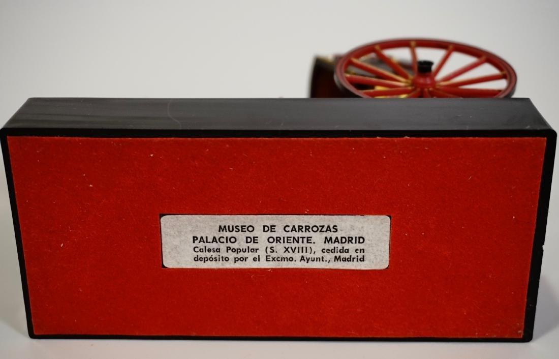 Vintage Carriage Precision Miniatures Artesania Museo - 8