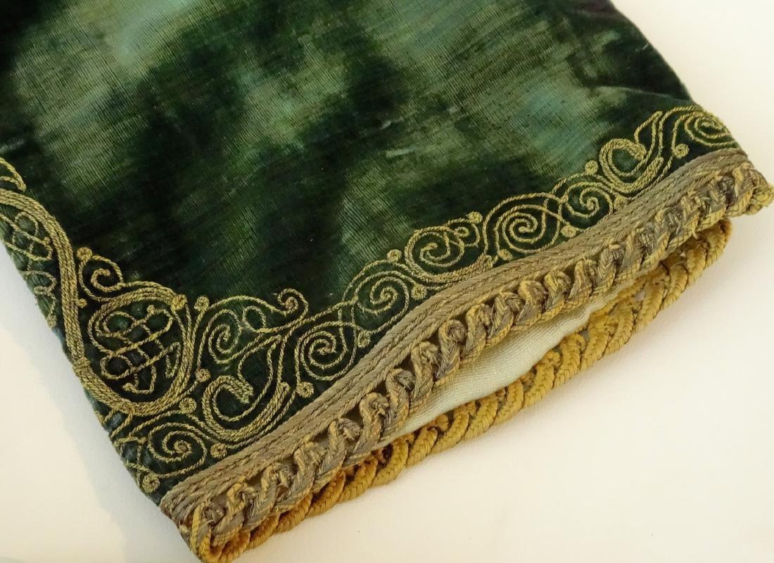 Antique Embroidered Velvet Bolero Jacket Ethnic Museum - 10
