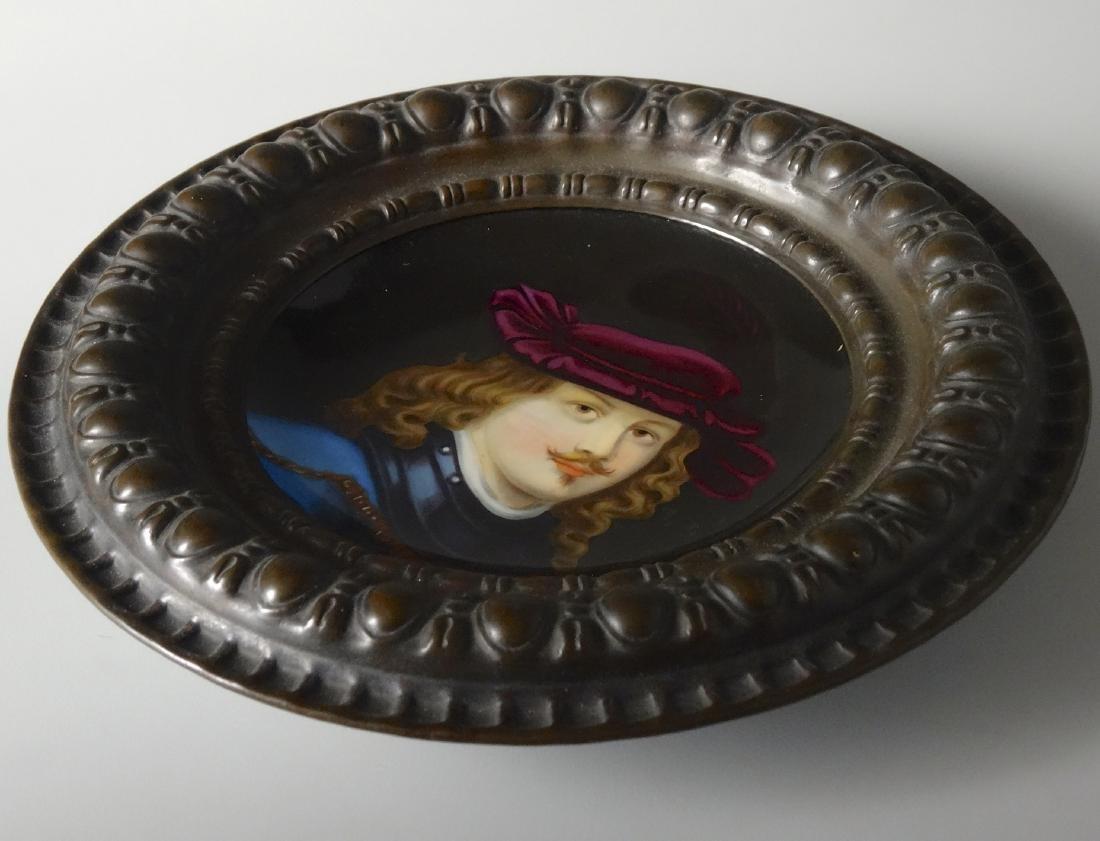 Renaissance Porcelain Portrait Painting Round Embossed - 3