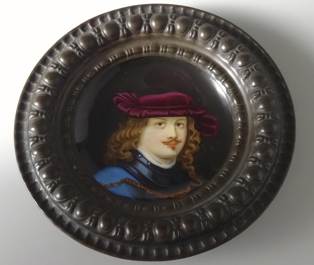 Renaissance Porcelain Portrait Painting Round Embossed - 4