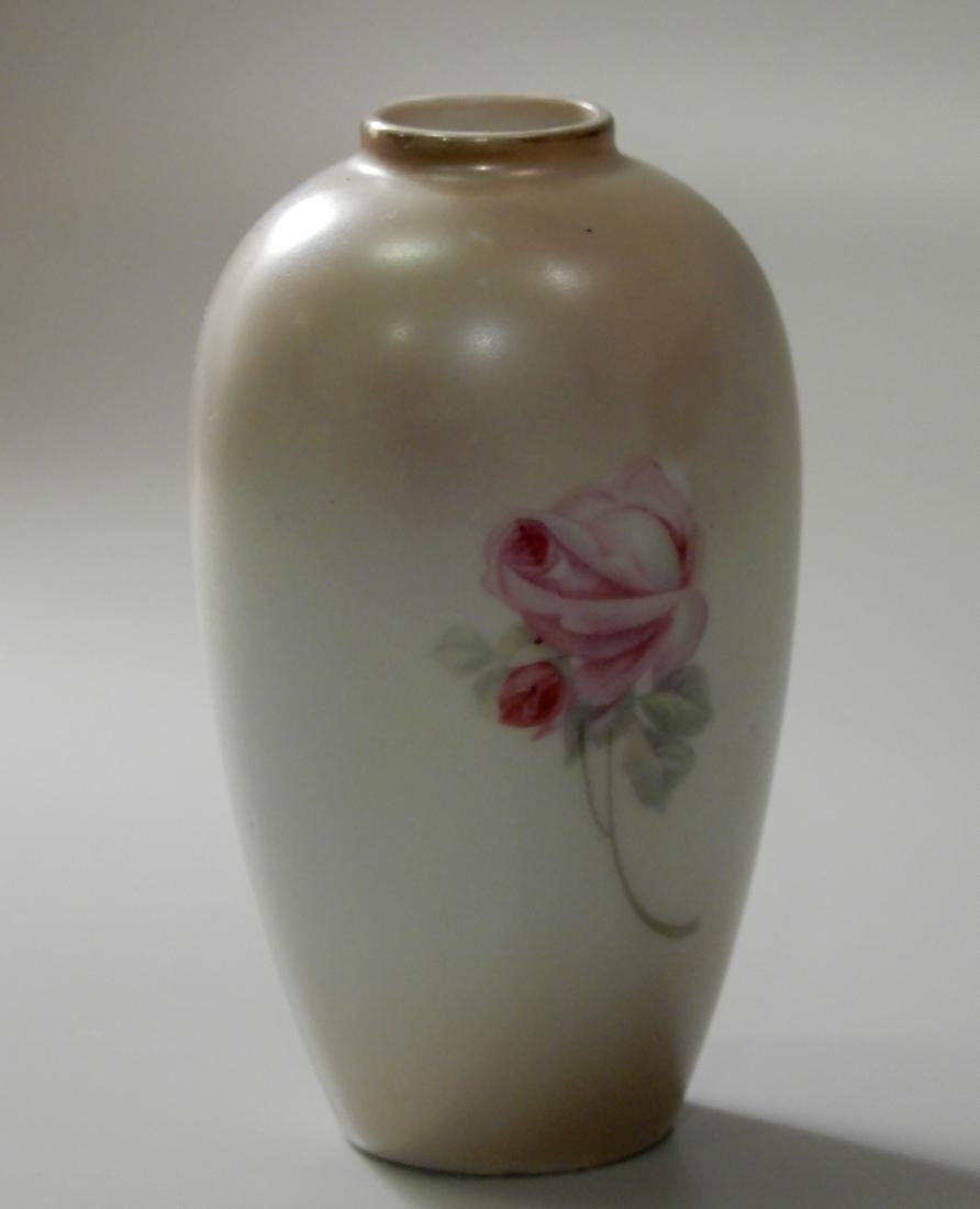 Small Porcelain Cabinet Vase With Pale Roses - 3