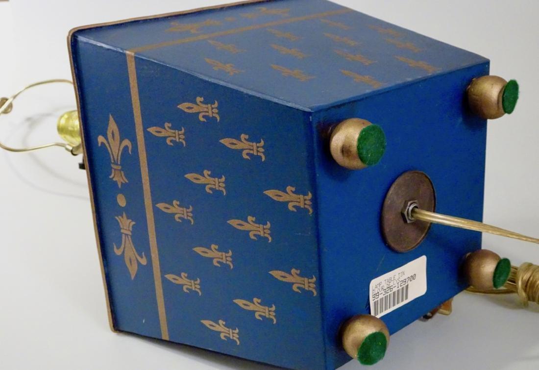 Italian Tole Painted Tin Planter Lamp Florentine Navy - 4
