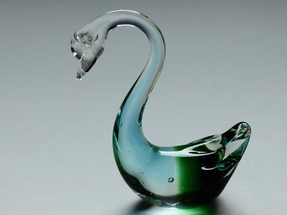 Vintage Art Glass Swan Figurine