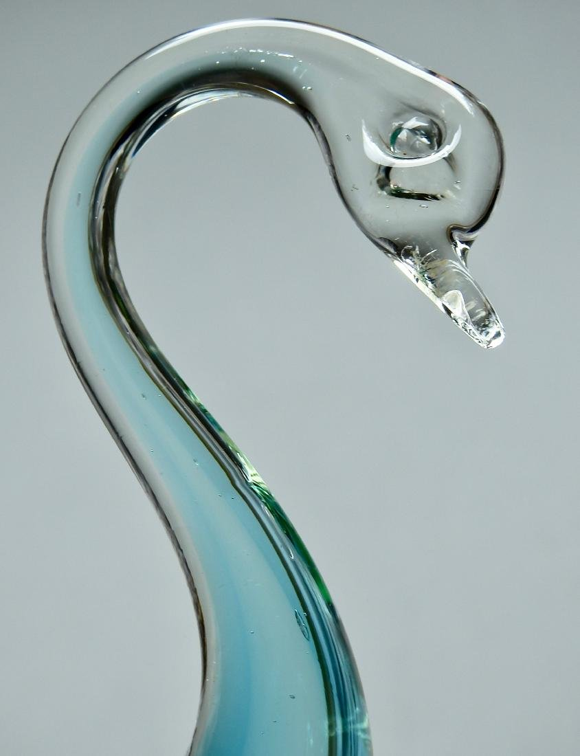 Vintage Art Glass Swan Figurine - 3