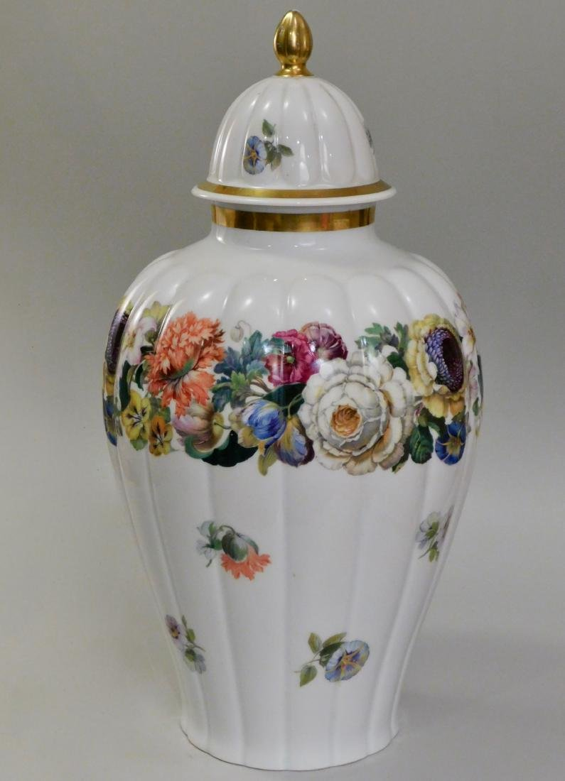 Thomas Bavaria Porcelain Beautiful Lobbed Porcelain