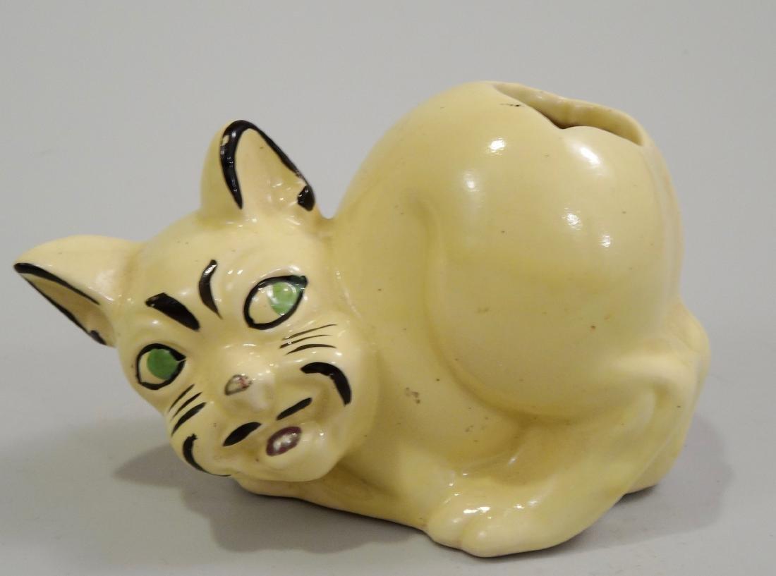 Art Deco Kitsch Yellow Ceramic Possessed Cat Spooner