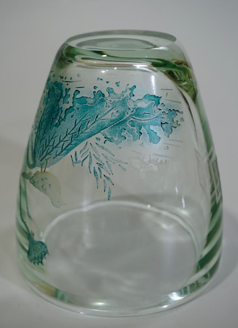 Chinese Peking Glass Signed Bird Vase - 10
