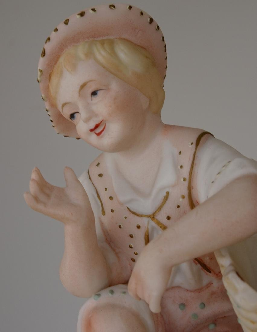 Vintage Bisque Porcelain Figurines Children next to - 6