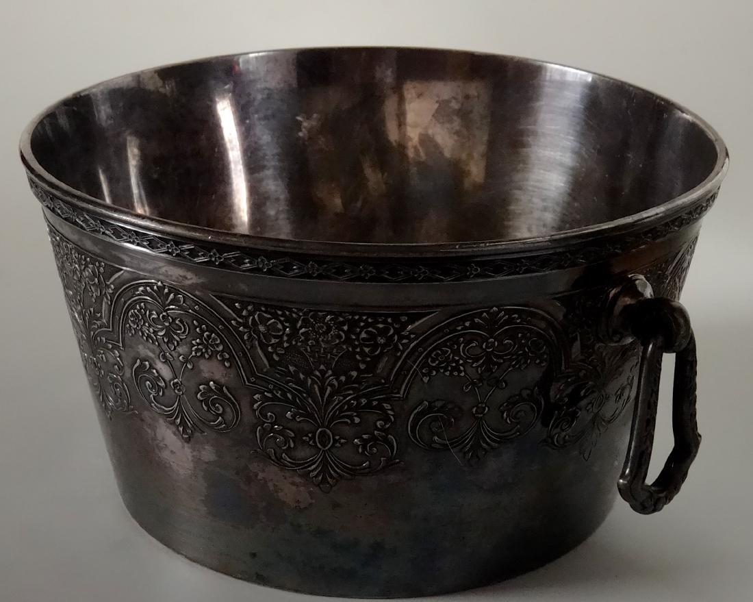 Antique Wilcox International Silver Plate Ice Bucket - 8