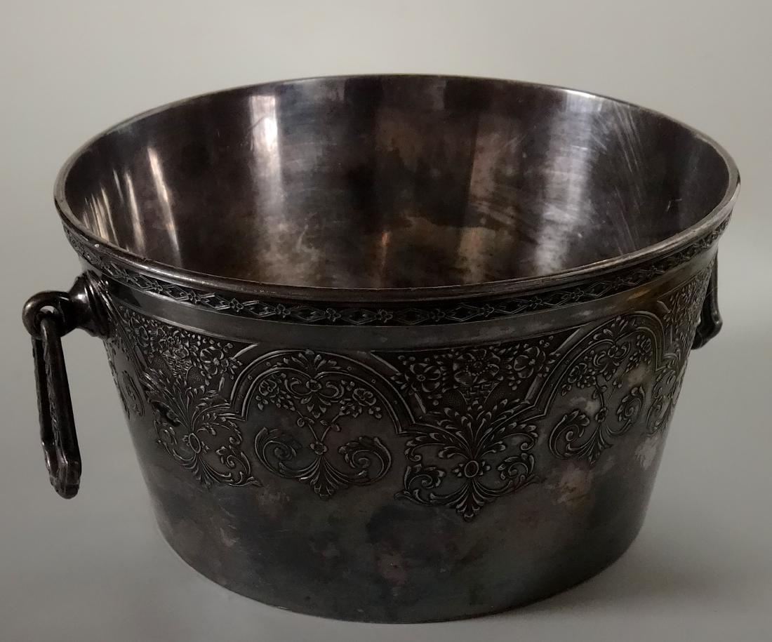 Antique Wilcox International Silver Plate Ice Bucket - 9