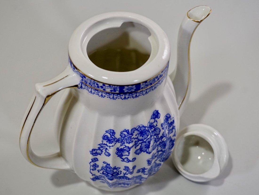 Vintage Blue Willow Porcelain Coffee Pot - 6
