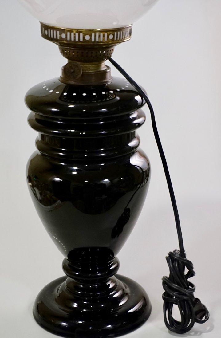 Victorian Mary Gregory Kerosene Lamp - 3