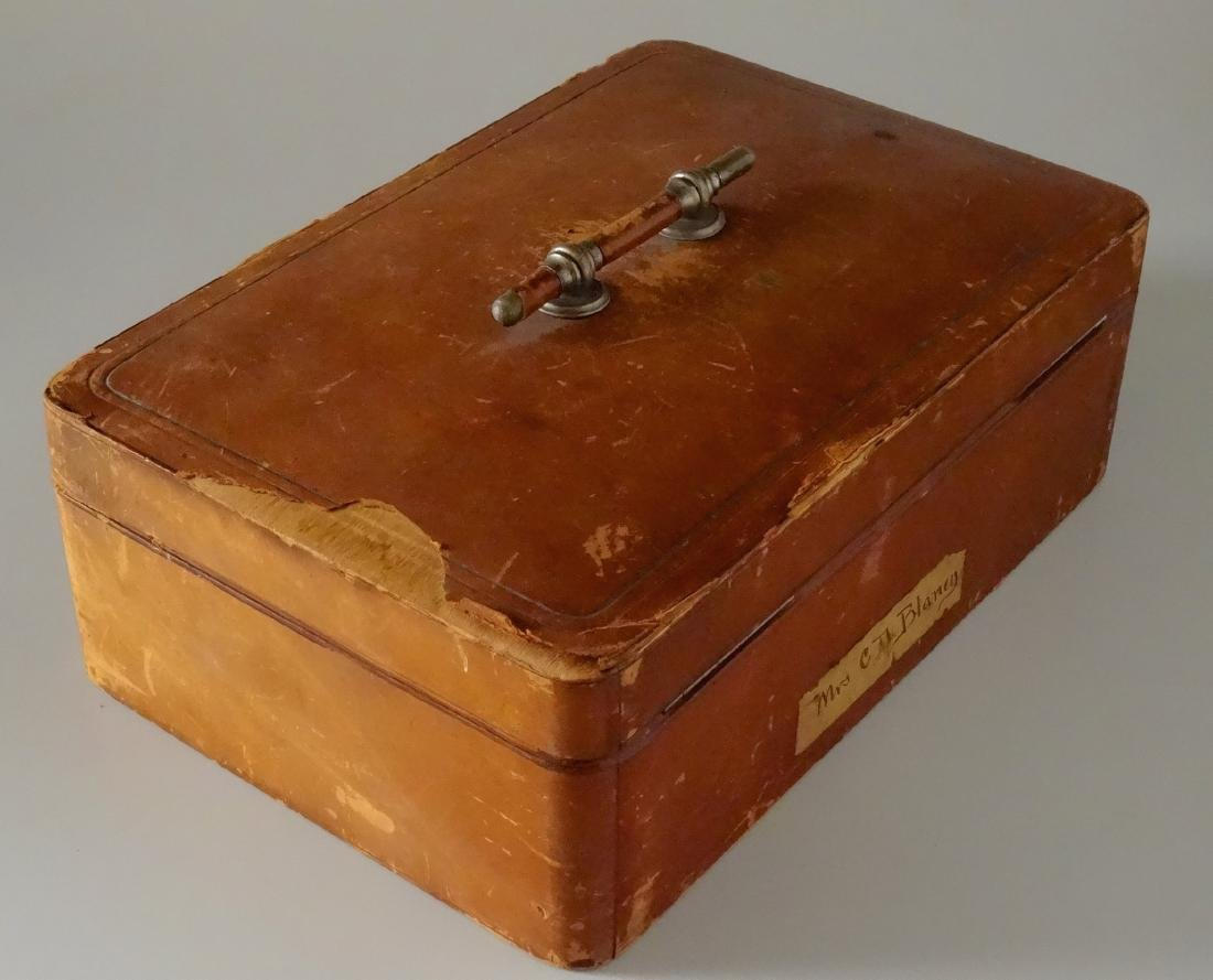 Antique Leather Jewelry Box Gold Tooled Isabella Signed - 4