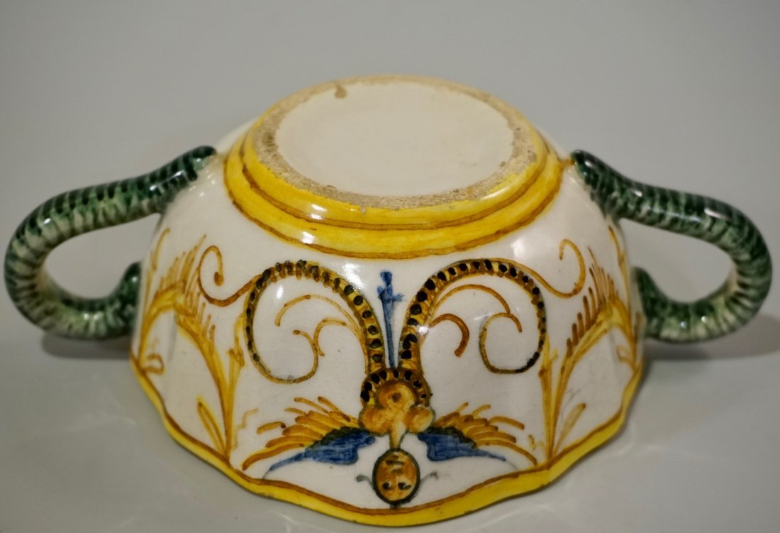Antique Italian Majolica Cup - 7