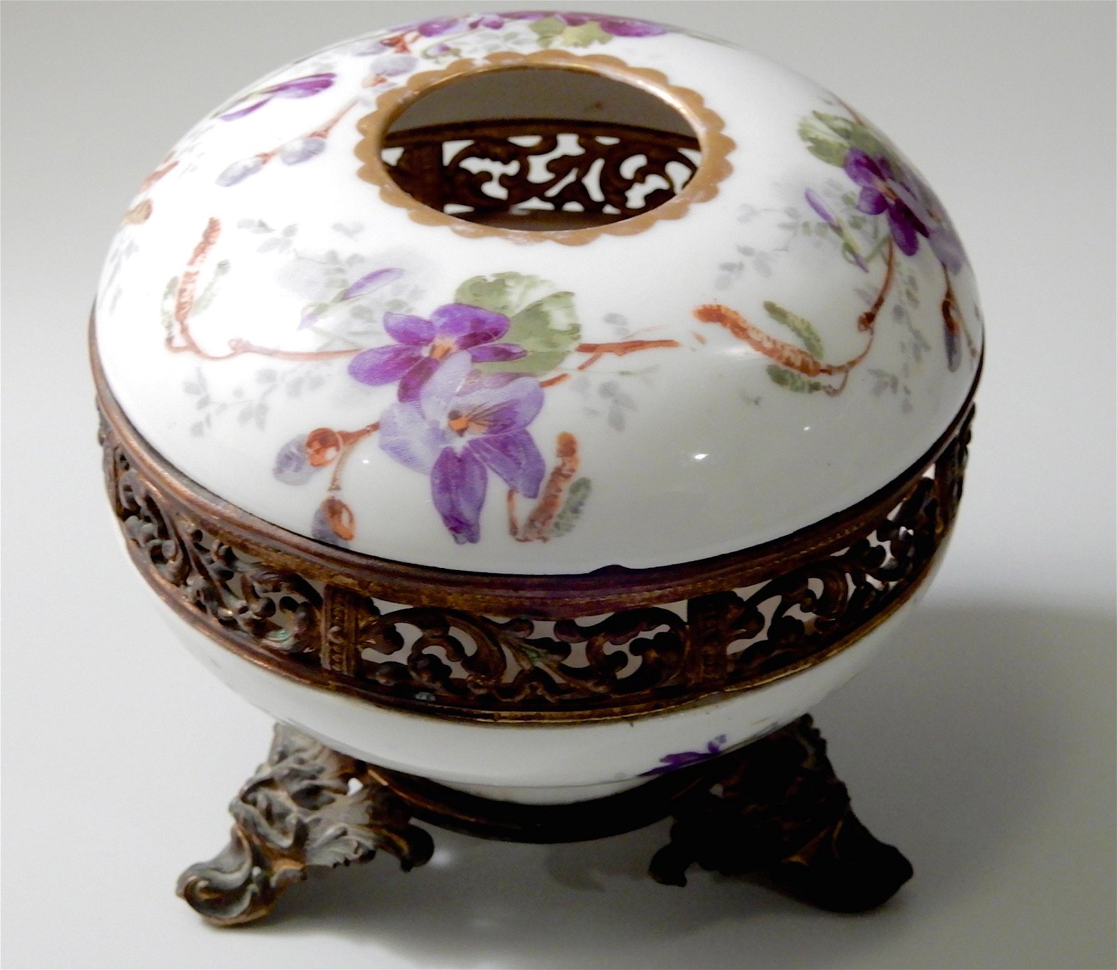 WG & Cie French Limoges Ormolu Mounted Porcelain Vanity