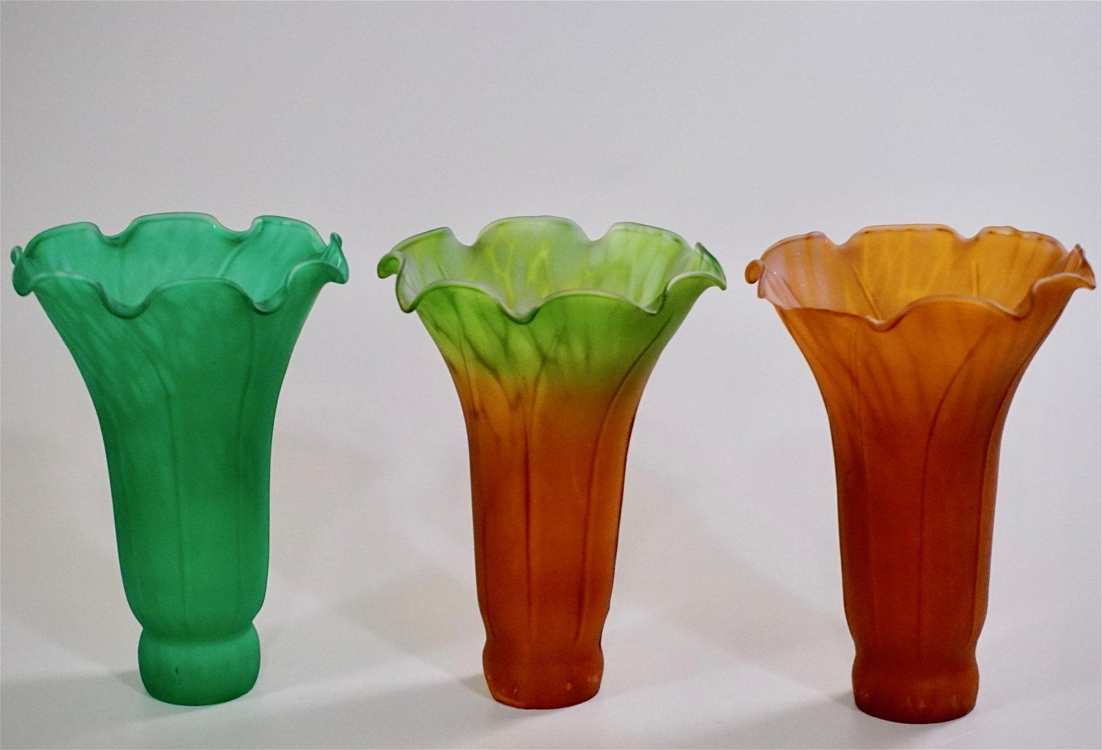 Replacement Tulip Lamp Shade Green Amber Glass Lot of 3